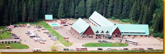 glacier_park_lodge_air